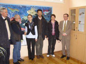 Na kraju i službena primopredaja zbirke od strane ravnatelja HGI-a, Josipa Halamića, ravnateljici OŠ Zrinskih i Frankopana Luciji Sekula.