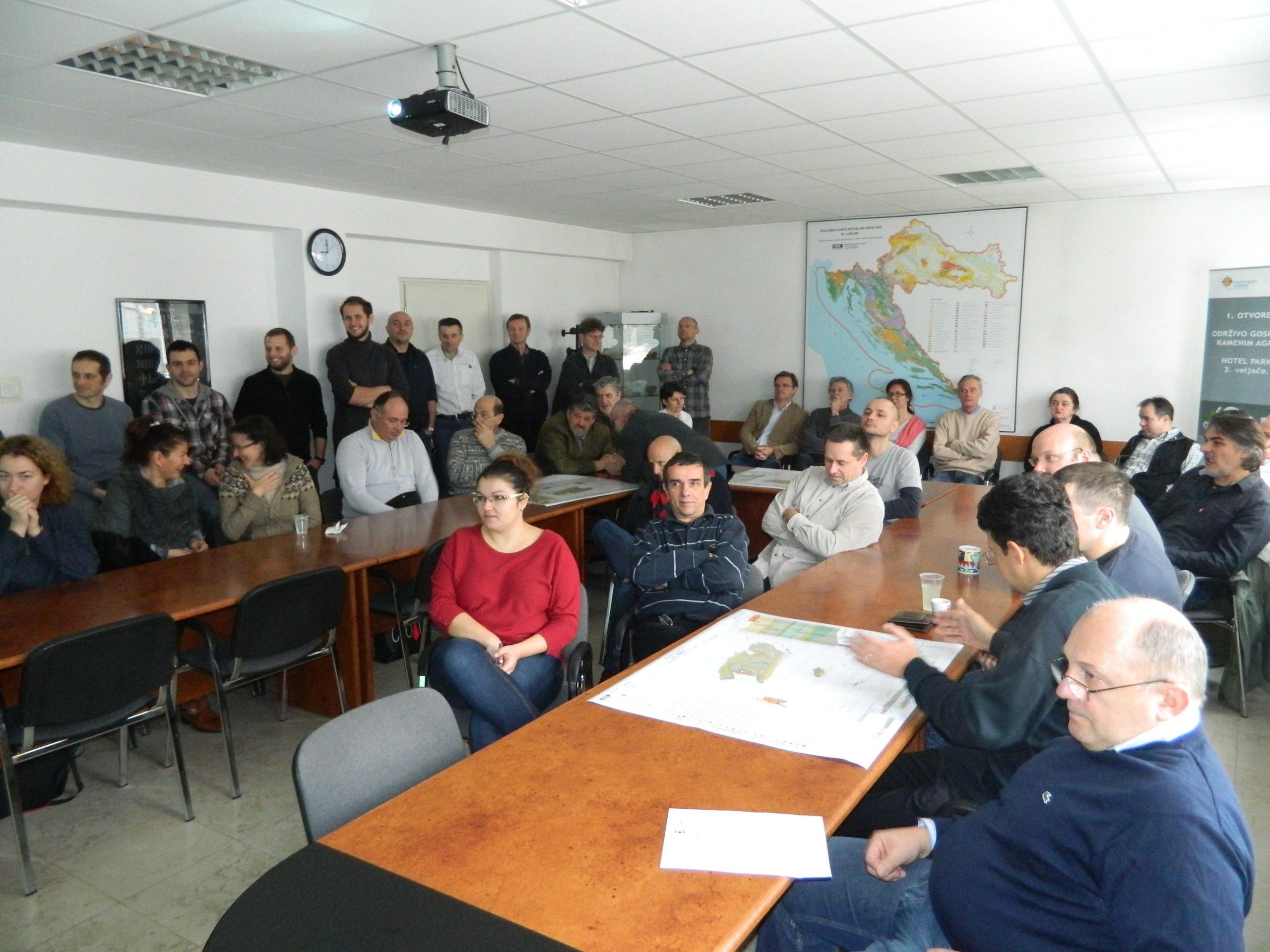 Svi zainteresirani za prezentaciju karte jedva su stali u dvoranu za sastanke HGI