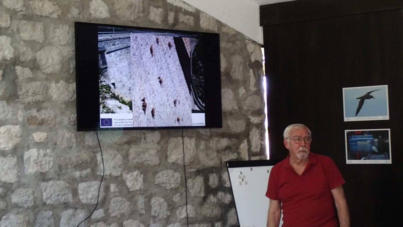 dr. sc. Ognjen Bonacci, prof. emeritus, tijekom predavanja